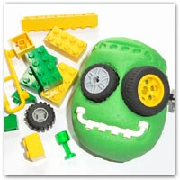 Mixup lego bricks with dough for some Frankenstein results ..