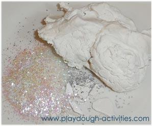 Ingredients to make shiny soft playdough