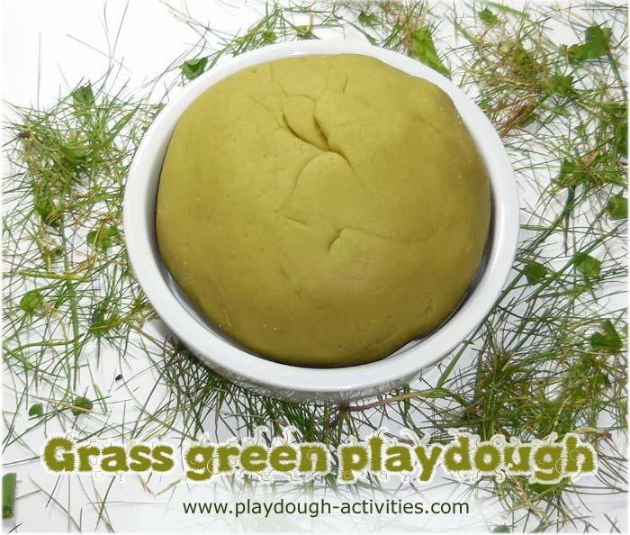 Green grass dye recipe for staining playdough - kids mud kitchen activity