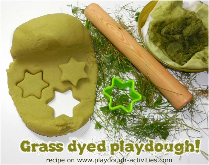 Make a grass dye to stain playdough, great mud kitchen recipe
